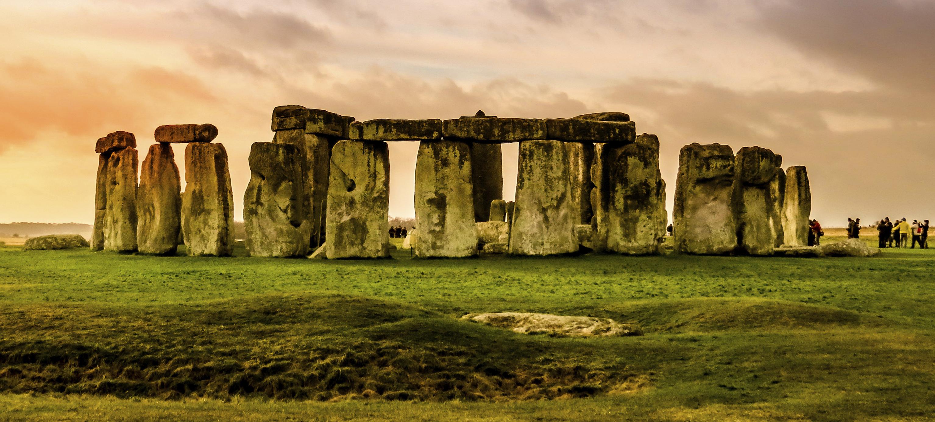 Stonehenge-iStock_cropped